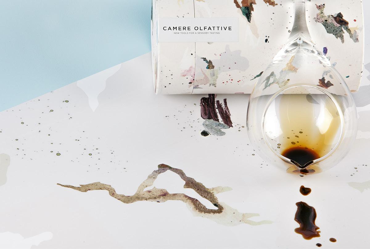 Packaging Camere Olfattive-包装可以识别一些香味醋,雾化油,酒和威士忌污渍---酷图编号1199404