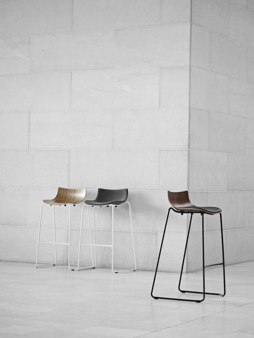 传奇的丹麦品牌Carl Hansen&Søn第一次与美国设计师Brad Ascalon合作发布了110年历史上的椅子---酷图编号1210880
