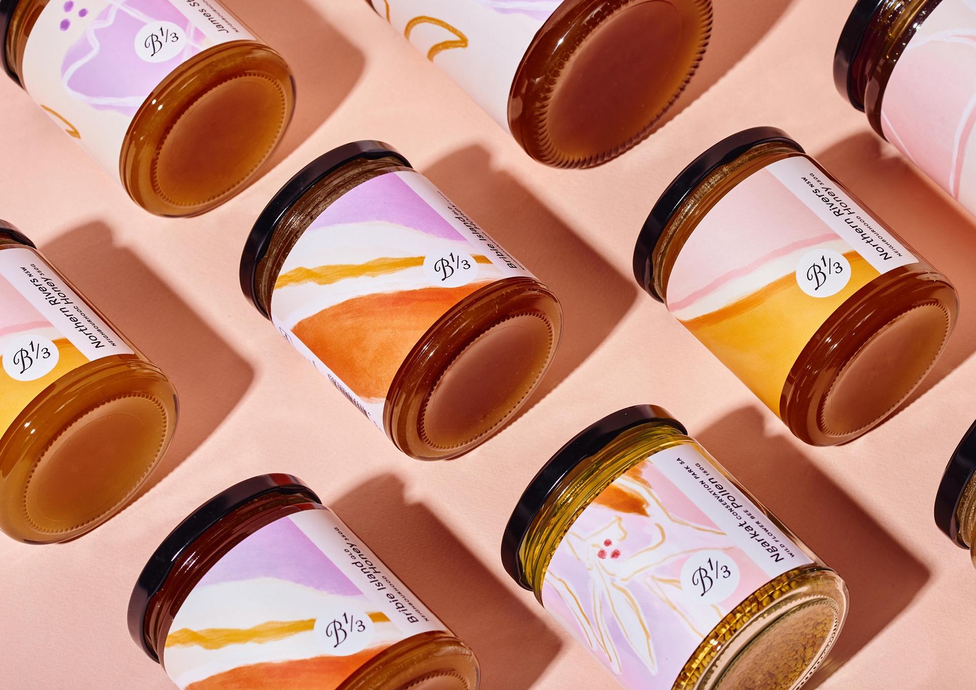 澳大利亚Bee One Third蜂蜜包装设计封面大图
