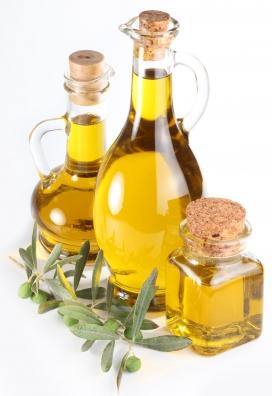 高清国外通透橄榄油摄影图片