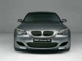 2011德系最新高级轿车高清晰壁纸欣赏-奥迪-罗密欧-莲花-林肯-悍马