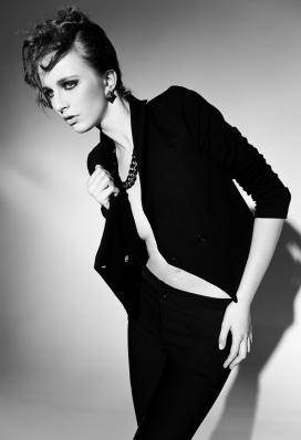 意大利Noir et Blanc时尚女人摄影-黑与白