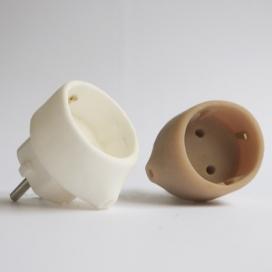 手工制作的电器插头