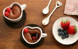 高清晰草莓&蓝莓&咖啡艺术组合壁纸