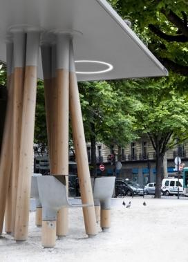 巴黎有意思的Wi-Fi站凉亭-法国设计师Mathieu Lehanneur作品Wi-Fi站-人们可以坐下来使用他们的笔记本电脑或通过大屏幕访问的本地信息