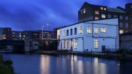 奥林匹克公园边缘前糖果厂的艺术场馆-伦敦David Kohn Architects建筑师作品