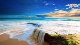 惊叹的大自然海滨美景-小瀑布