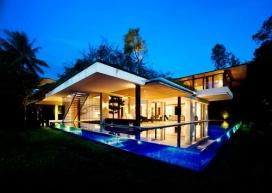 绿色的庭院-新加坡玻璃幕墙池L形的房子建筑-Guz Architects建筑师作品
