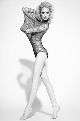 乐趣丝网圈-露西高对比度的美诱人像