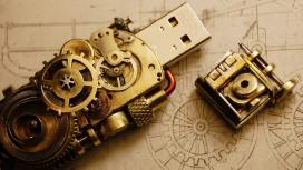 复古未来主义的金属机械USB