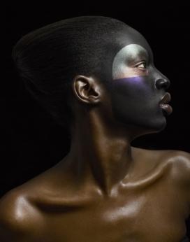 AWUOI-晶莹彩妆黑美人