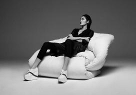 一个完美舒适性魅力的平衡沙发