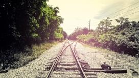 夏季铁路公路