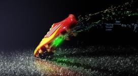 阿迪达斯酷足球鞋
