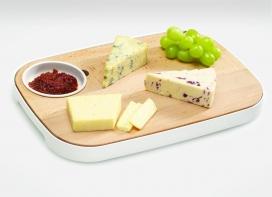 多功能木质砧板设计-里面配有可爱的小碟子,可以装酱类