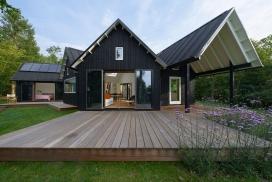丹麦人字形屋顶避暑别墅