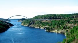 挪威蓝河拱桥