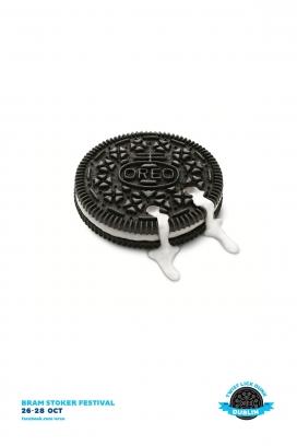 Oreo奥利奥夹心牛奶饼干平面广告
