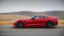 2014红色雪佛兰Corvette黄貂鱼汽车侧面运动壁纸