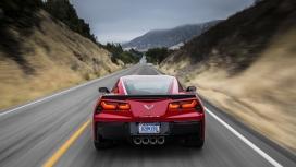 https://www.2008php.com/2014红色雪佛兰Corvette黄貂鱼汽车尾部正面运动壁纸