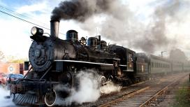 高清晰冒烟的复古蒸汽机火车