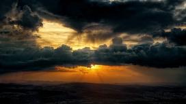 日落乌云山