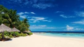 马尔代夫热带岛海滩