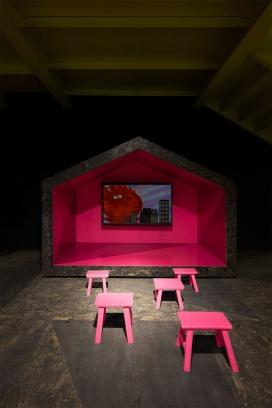 上海儿童玻璃博物馆-刨花板和金属实现了活跃,柠檬黄,饱和的粉红和清爽的蓝色配色方案让环境增添了不少色彩