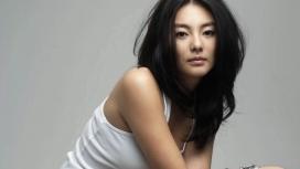 高清晰乱黑风美女Yuqi Zhang张雨绮电脑桌面壁纸下载