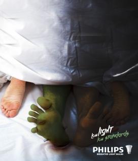 小心床上外星入侵者-Phillips飞利浦LED节能灯平面广告