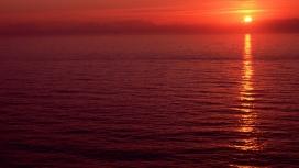 """夕阳""""红海"""""""