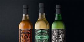 https://www.2008php.com/亨德森重新设计的传统风味苹果酒-灵感来自不同的维多利亚古老的马戏团海报风格启发