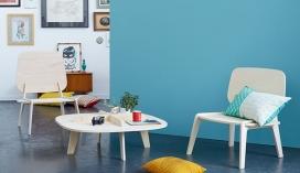 简单无固定的元素像胶水,螺钉,销钉等家具设计,但依然具有强烈的个性。