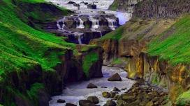 漂亮的山河梯级