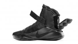 轻松挑战赛冠军-耐克磁铁高跟鞋,一款专为残疾运动员打造的创新鞋,灵感来自滑雪板