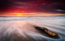 高清晰流沙海岛彩霞壁纸