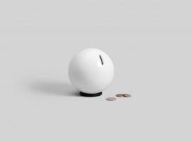 """采用3D打印的瓷器钢铁存钱罐-想法来自于设计师小时候收集硬币的经历,他喜欢打破""""小猪存钱罐""""的想法,看看里面有什么奖励"""