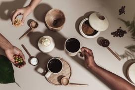 庆祝仪式的咖啡容器