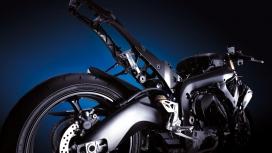 高清晰铃木gsx r1000摩托车壁纸