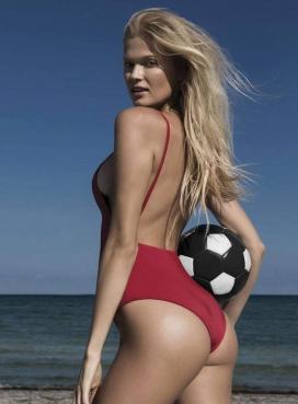 维塔・西多尼卡-GQ墨西哥2018年6月-为即将到来的世界杯足球赛致敬