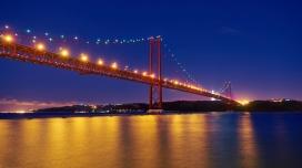 葡萄牙河桥夜