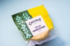 配有精美插图图案的Chicanos玉米饼