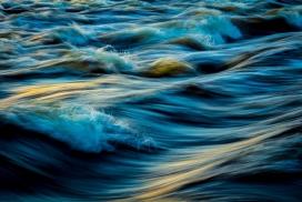 高清晰抽象的海浪壁纸