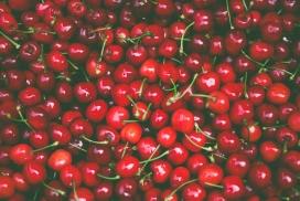 高清晰鲜红车厘子水果壁纸