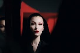 贝拉哈迪德-迪奥的万圣节化妆灵感