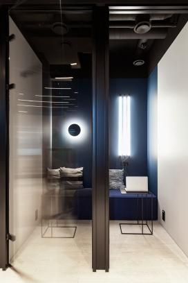 https://www.2008php.com/BITDEGREE OFFICE-一个家庭感觉的创意灵活和多功能的空间
