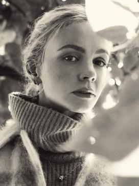 凯莉・穆里根-传统风格针织和舒适外套