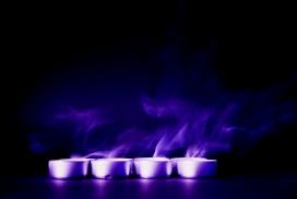 高清晰紫蓝烛光烟雾抽象背景图壁纸