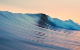 高清晰蓝色大卷浪壁纸