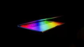 高清晰渐变色彩的苹果笔记本与鼠标壁纸